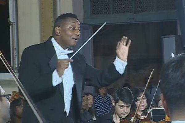 Marlon Daniel Chef d'orchestre directeur artistique du Festival Chevalier Saint Georges