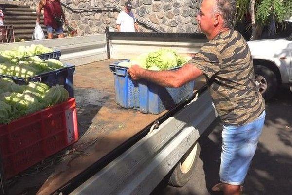 chaleur et prix des légumes salades marché du Chaudron 100319