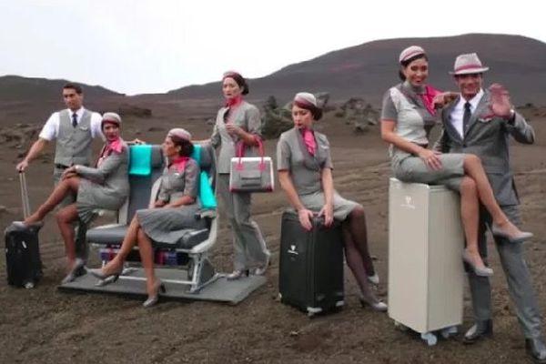 Air Austral nouveau look des hôtesses et stewards