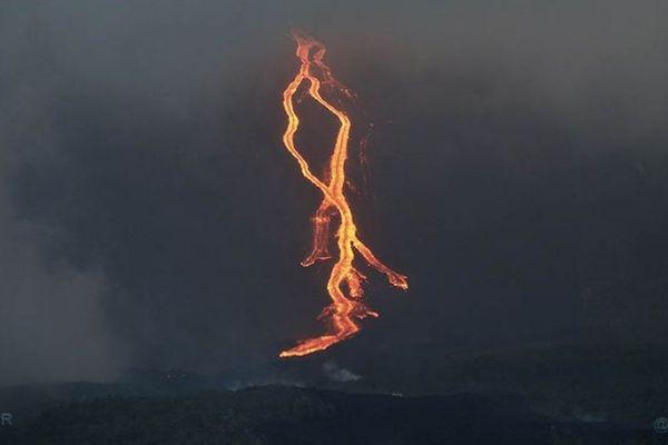 L'éruption du Piton de la Fournaise, le 13 août 2019.