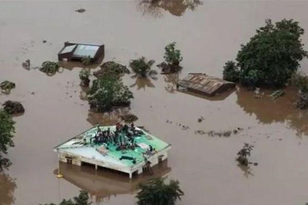 Villages et villes sous l'eau