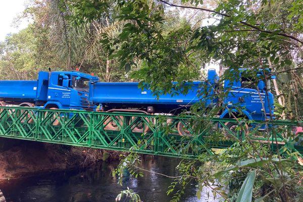 Tests de charge sur le pont Eskol