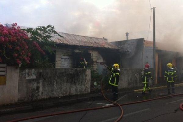 Case incendiée à Saint-Pierre