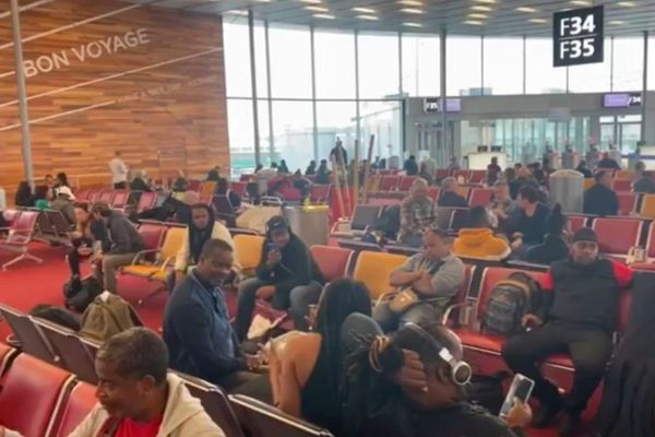 Orly salle d'embarquement