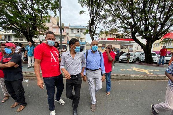Politique manifestation militants RVN