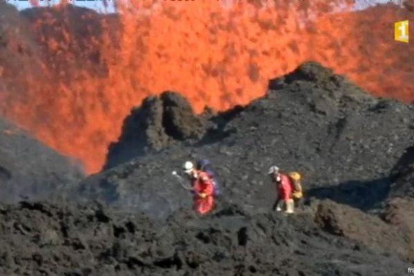 20160918 prélèvement lave volcan
