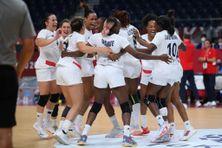 La joie des Bleues après leur qualification en finale du tournoi olympique de handball le vendredi 6 août 2021 à Tokyo.