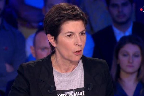 Christine Angot s'excuse après ses propos sur l'esclavage