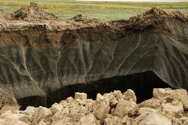 Le réchauffement climatique à l'origine des cratères en Sibérie