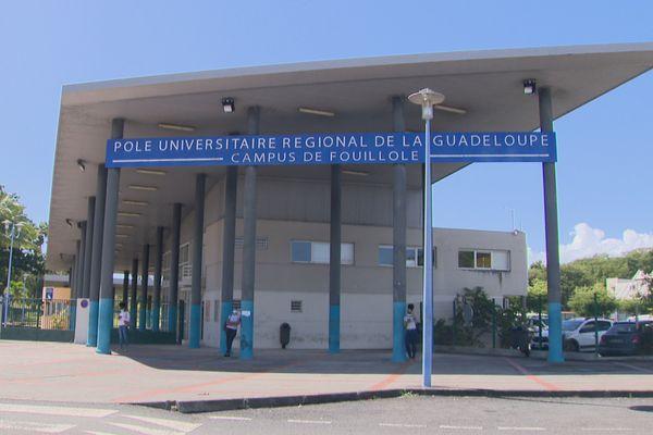 université des Antilles Pole Guadeloupe