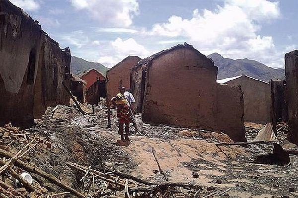 Village incendié à Madagascar septembre 2018