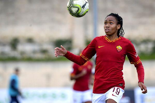 Lindsay Thomas AS Roma