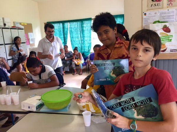 Alesio et Noé ont remporté le 1er prix du concours d'écriture sur les maladies non transmissibles