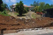 L'accès à la maison à quelques mètres de la RD6 est impossible à Angèle, 86 ans suite aux travaux exécutés ce 3 juin 2021.