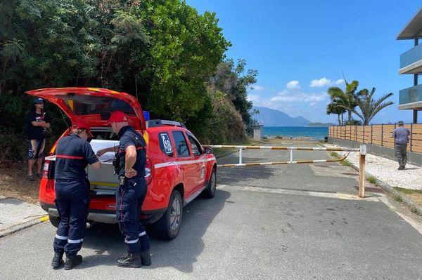Pollution à Magenta plage, 26 septembre 2020, reconnaissance des pompiers