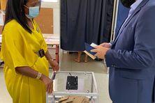Didier Robert, qui brigue un troisième mandat à la Région , a voté ce dimanche 20 juin, à l'école Philippe Vinson à La Montagne