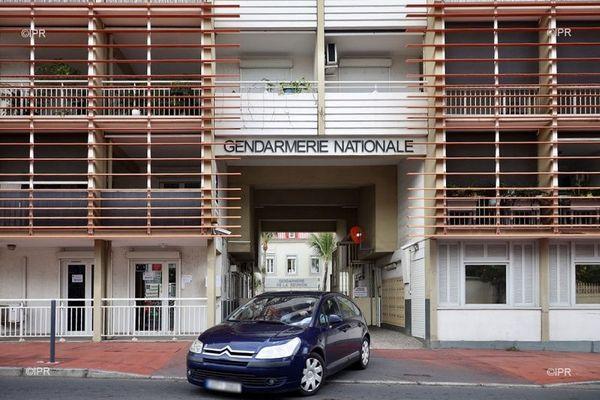 Les locaux de la caserne de la gendarmerie de Vérines à Saint-Denis.