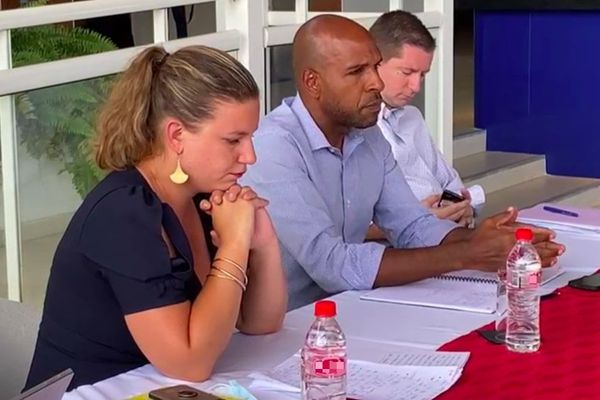 Commission parlementaire sur l'eau : Mathilde Panot, présidente et Olivier Serva, rapporteur