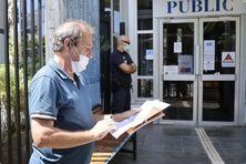 Le docteur Philippe de Chazournes est entendu par les policiers, ce vendredi 3 septembre.