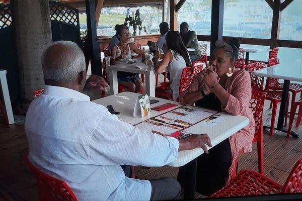 restaurant marina rivière sens