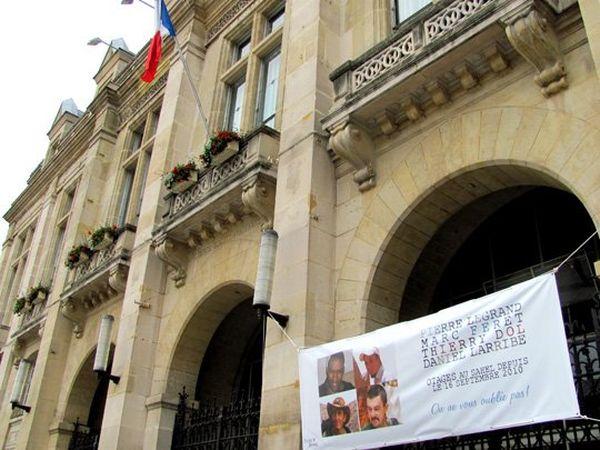 Rassemblement soutien otages à Saint-Denis (2)