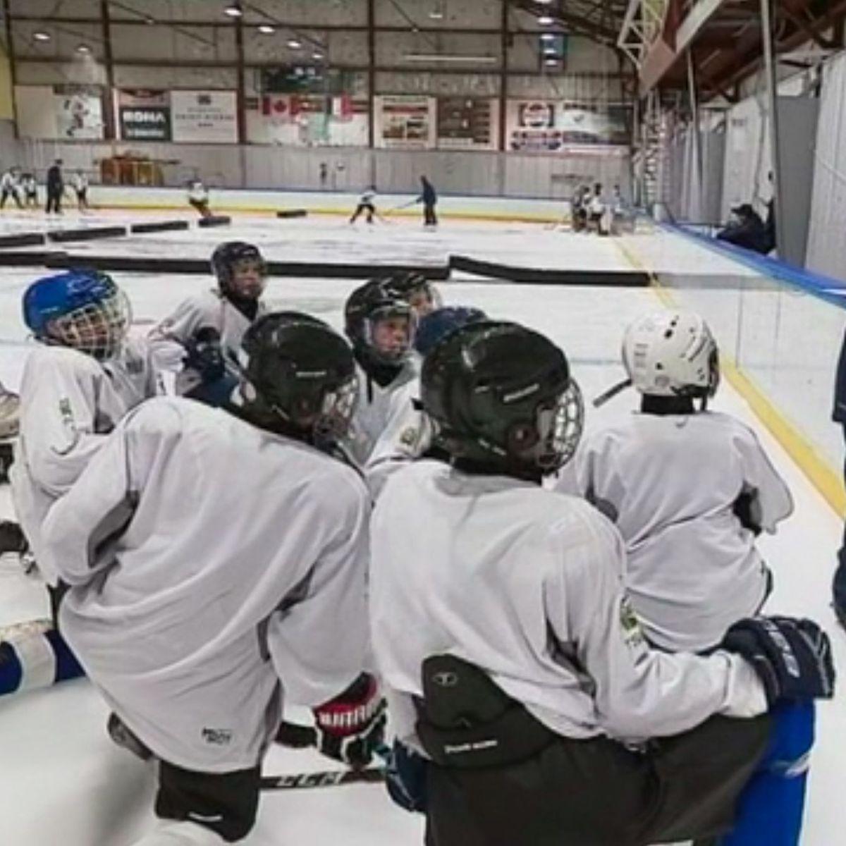 Des collégiens et lycéens se perfectionnent au sein de la section sportive hockey de Saint-Pierre