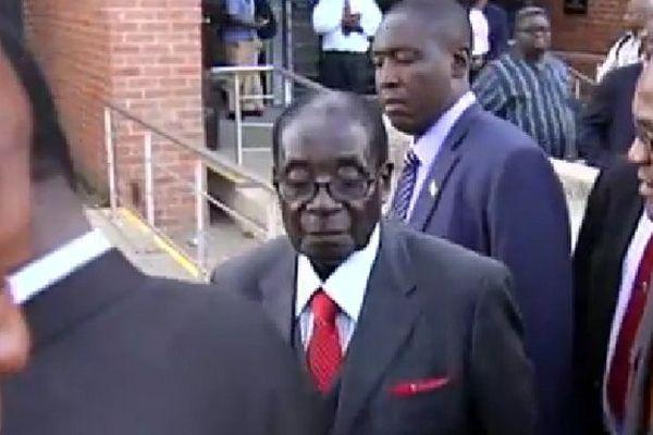 Visite de Mugabe en Afrique du Sud
