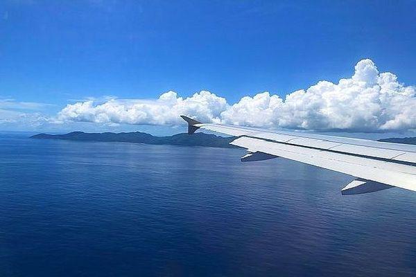 Avion arrivant aux Seychelles
