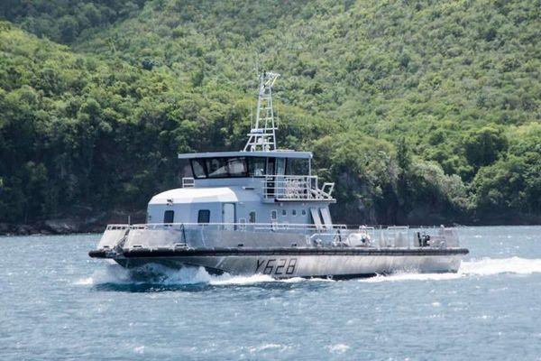 """La """"Luciole"""", nouveau Chaland Multi-Missions de la marine nationale"""