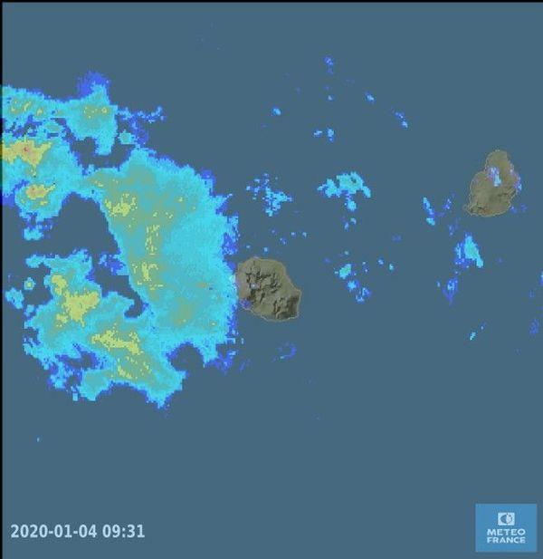 meteo france pluies aux abords de la reunion 040120
