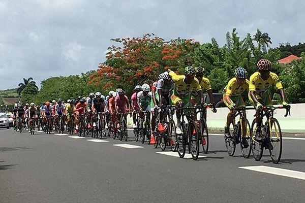 Cyclisme : peloton au tour de Martinique