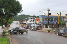 Une rue de Oiapoque au Brésil