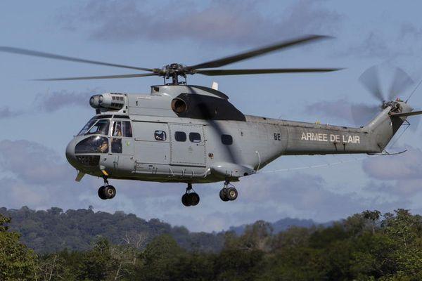 Hélicoptère Puma des FAG