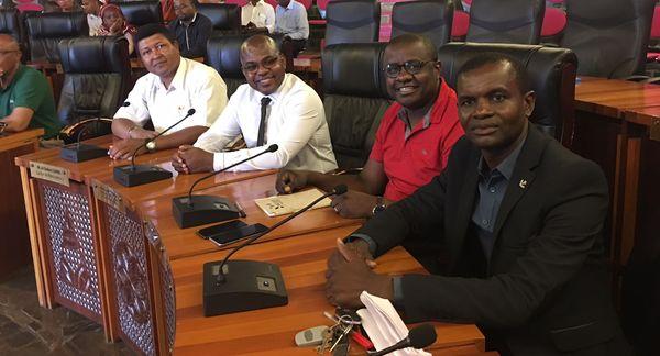 Les maires de Mayotte à la réunion des élus sur l'insécurité