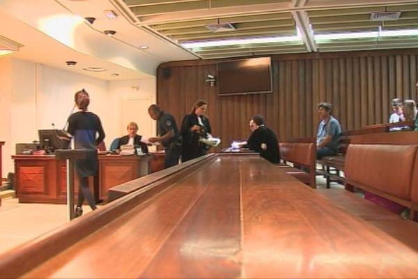Salle tribunal RDC