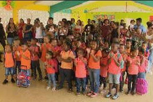 rentrée scolaire à Fond Cacao CBE