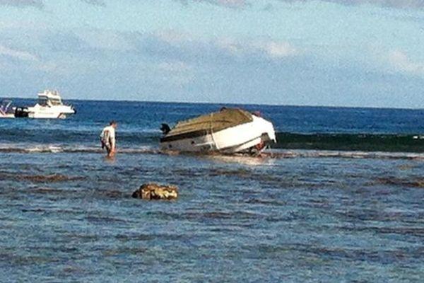 Embarcation sur la barrière de corail à Saint-Gilles