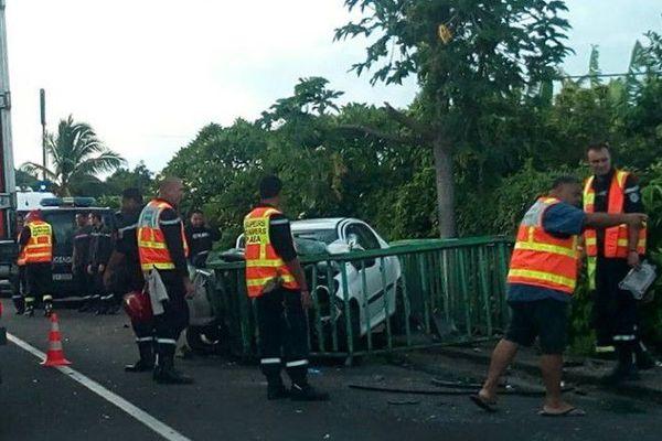 Accident de la route à Papara