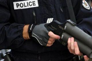 Flash-ball Police