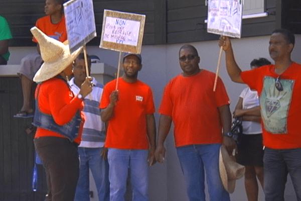 Deuxième jour de grève des agents territoriaux affiliés à la CGTM SOEM