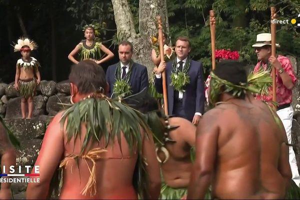 Macron au marae Upeke