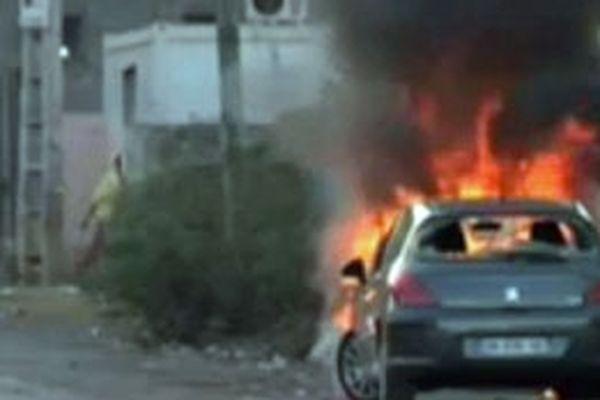 Une voiture a été incendiée