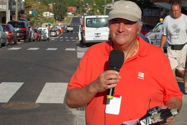 Richard Brassaud en reportage sur le Tour de Guyane en 2009