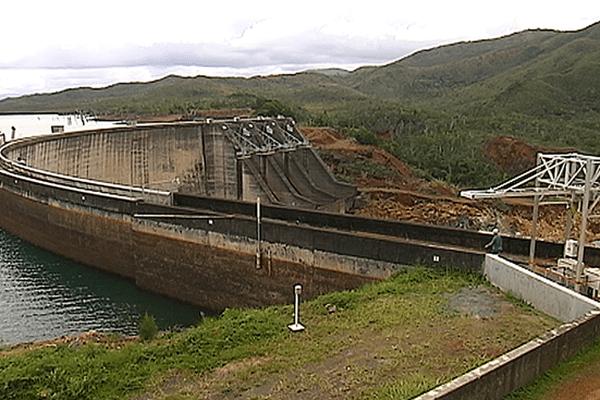 barrage - yaté- 300414