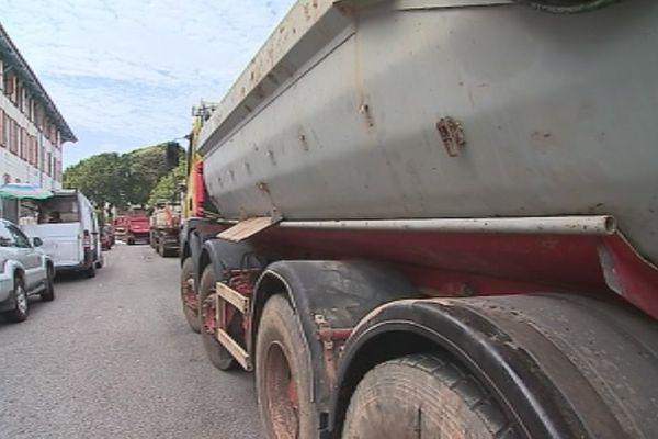 Camions des transporteurs