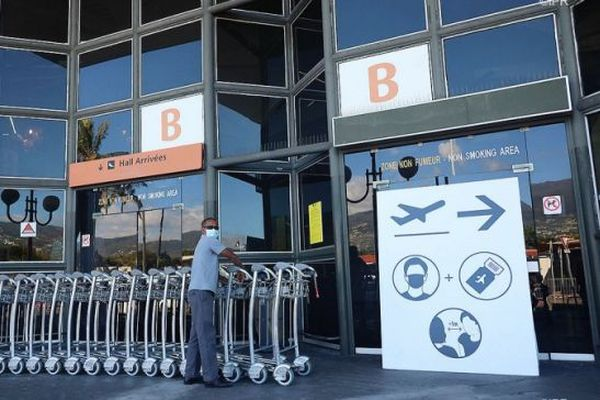 L'aéroport Roland Garros.