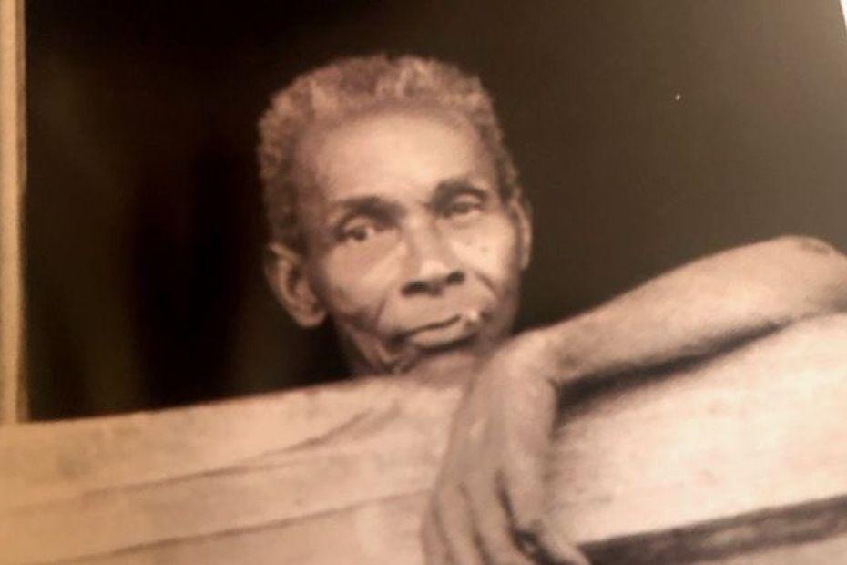 « Les gens de l'or, Mémoire des orpailleurs créoles du Maroni » de Michèle Baj Strobel un livre en hommage aux hommes en quête de l'Eldorado - Guyane la 1ère
