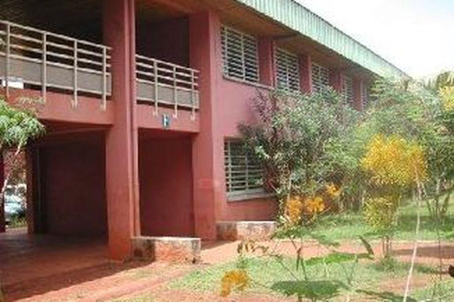 Une partie du personnel du lycée de Kahani use de son droit de retrait ce mercredi 26 février. - Mayotte la 1ère
