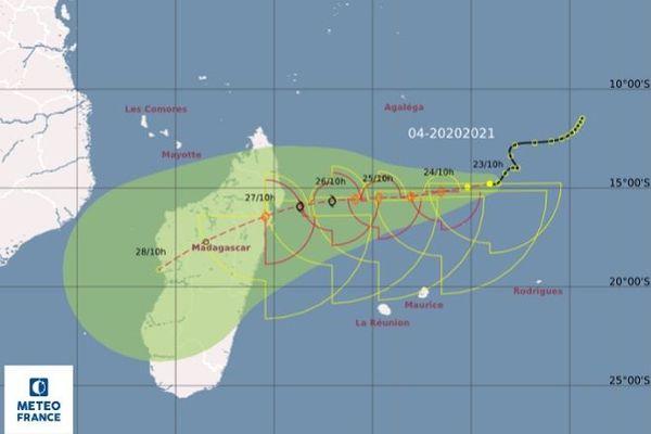 Une dépression tropicale à 880 km au Nord-Est de La Réunion