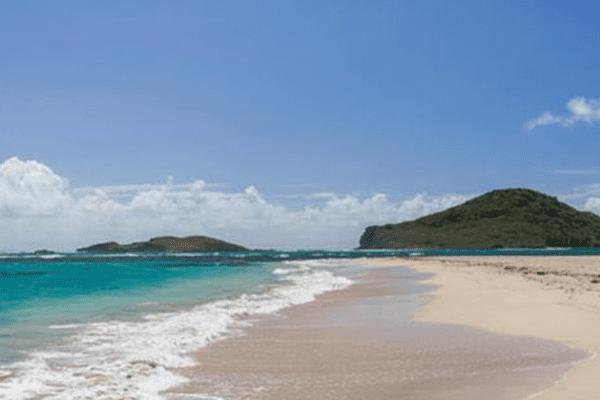 Les Ilets Maria et la plage Pointe Sable